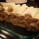 New Instagram: rollin up spring rolls at my friend's house #springrolls #春卷 #好吃 #美食 #nomnom #foodporn #homemade #cooking #latergram #dinner #晚餐 #中式